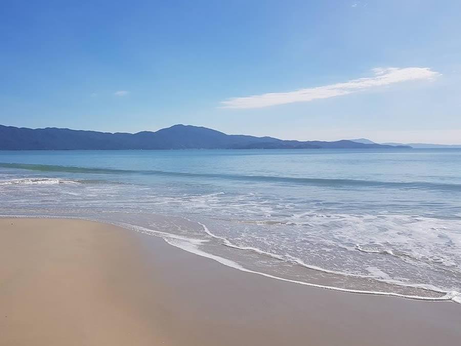 pousadas-praia-do-jurere-internacional-fpolis-04