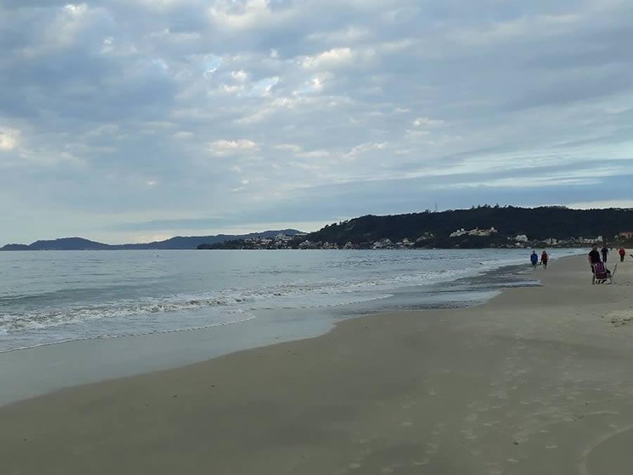 pousadas-praia-do-jurere-internacional-fpolis-08